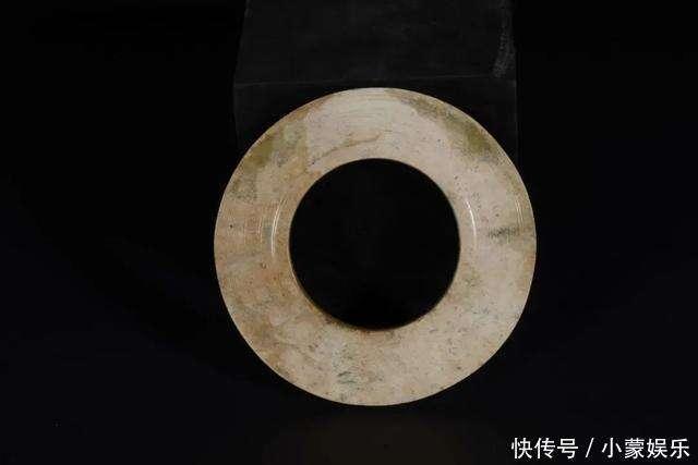 """藏友帶來""""古蜀國風格玉器""""市場估價竟高達50萬"""