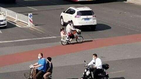 处罚27万余人,扣车1.5万余辆!电动自行车乱象亟待解决