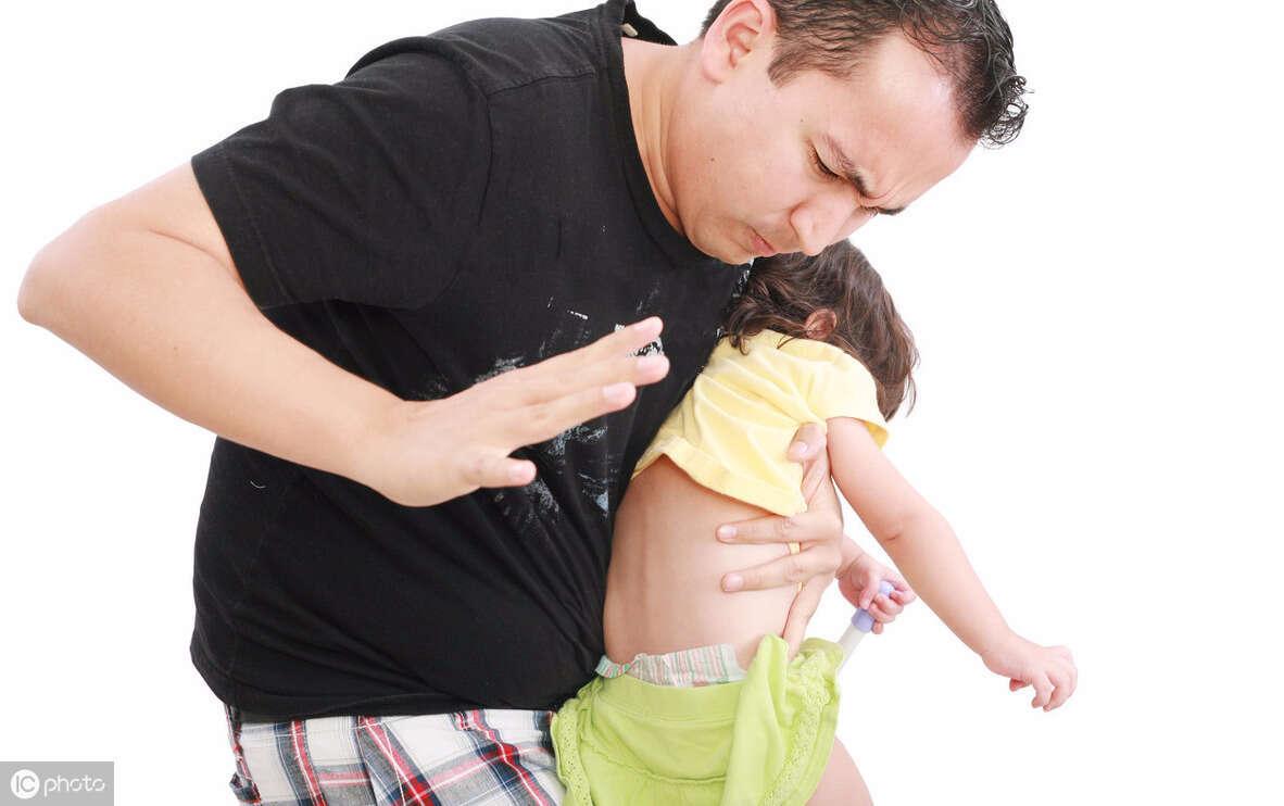 8歲男童因頭暈入院,3小時候后離世,醫生其實很多父母都在做
